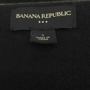 Banana Republic Factory Sweaters - Banana Republic Factory V-neck zip up cardigan S